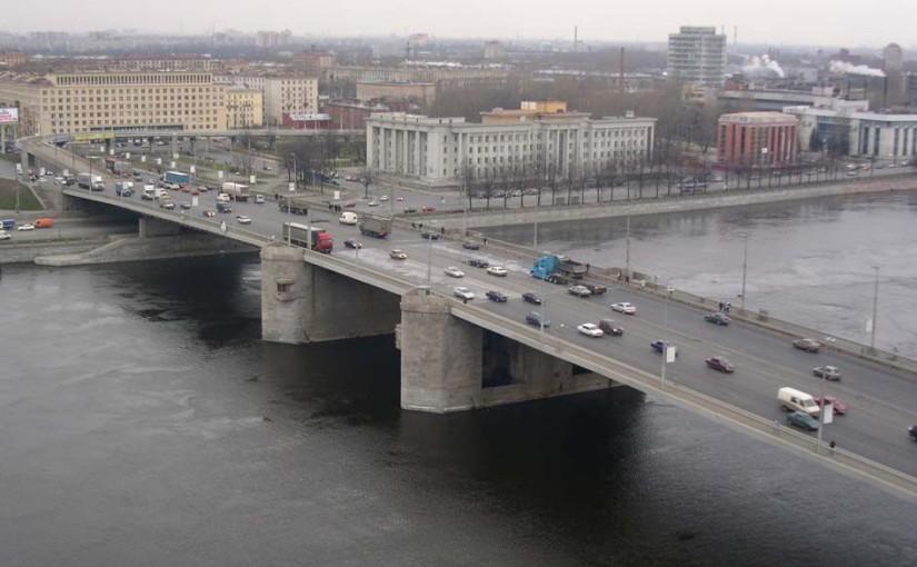 Левобережная часть Невского района: вызов электрика